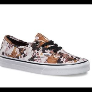 Limited Edition Vans Authentic Kittens W 7.5 M 6